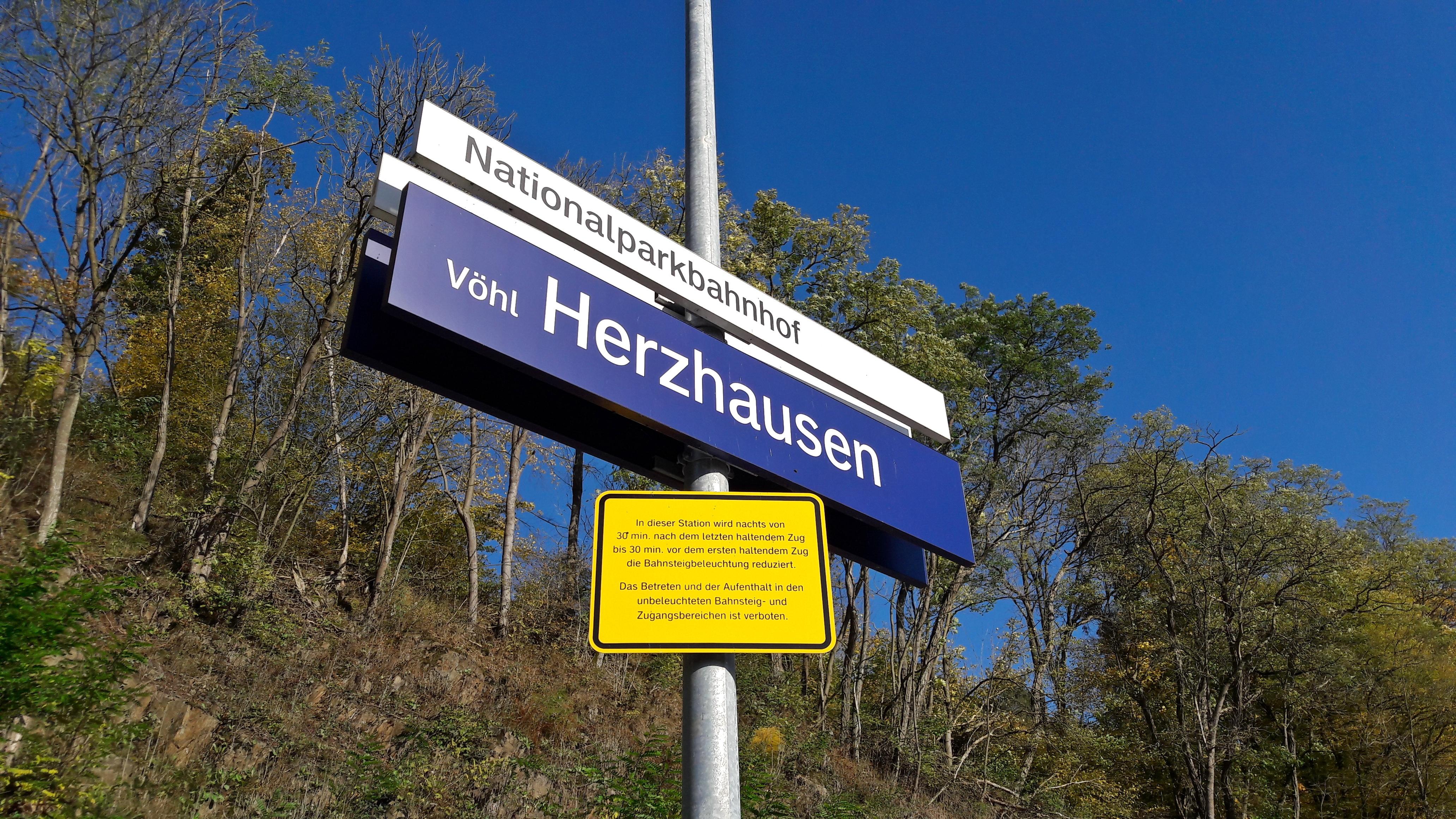 """""""Nationalparkbahnhof"""" Vöhl-Herzhausen"""
